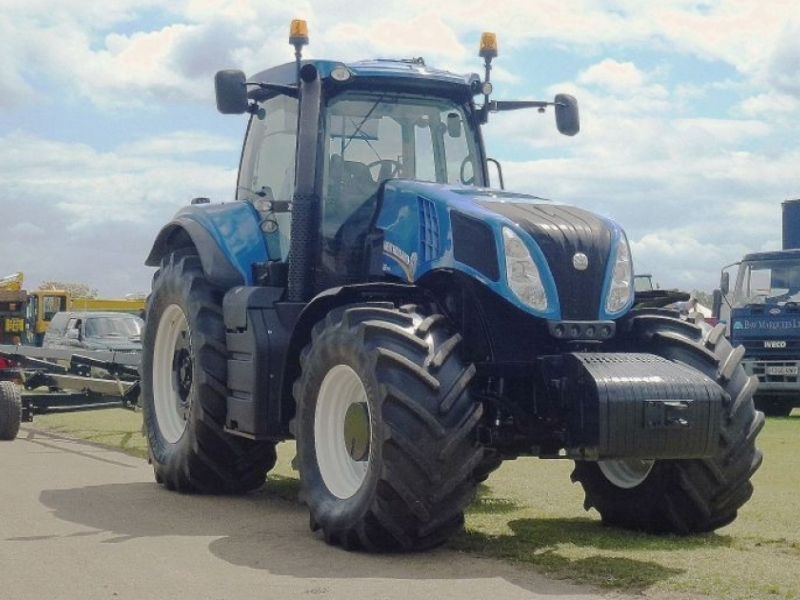 New Holland T8.330 (2011 - 2013)
