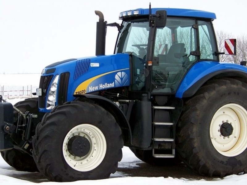 New Holland T8020