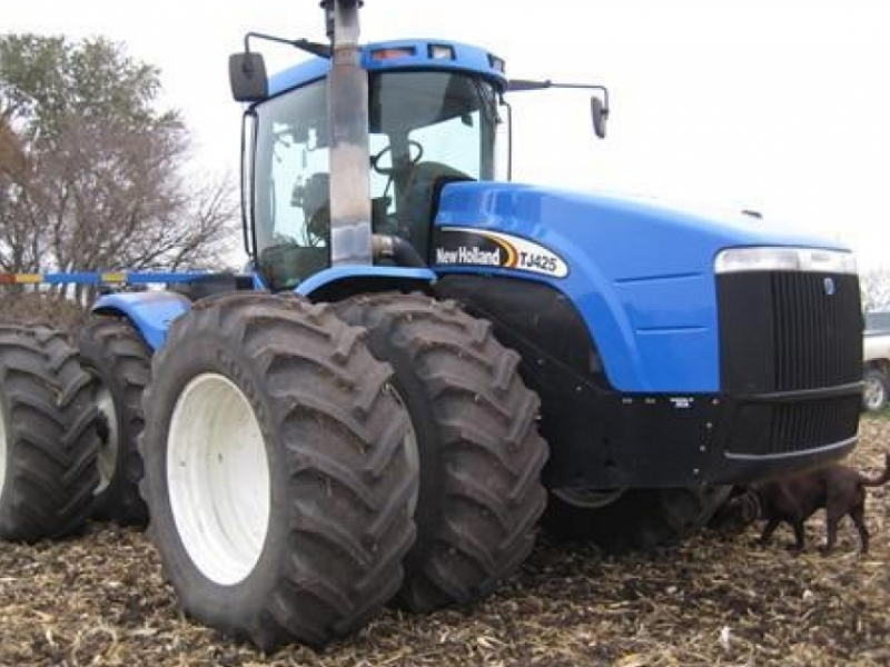 New Holland TJ425